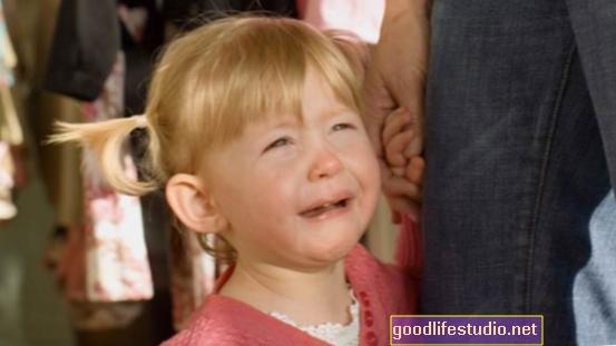 Los niños de edad preescolar ya confían en el lenguaje para obtener atención de adultos