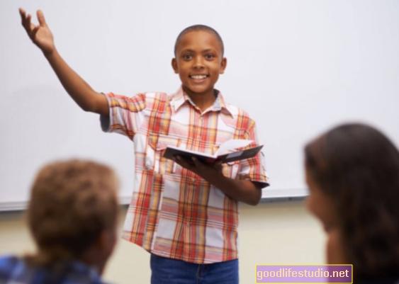 Leer en voz alta puede mejorar la memoria