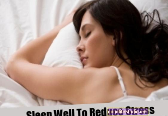 Atbrīvojiet stresu, mērenu miegu, lai palīdzētu zaudēt svaru