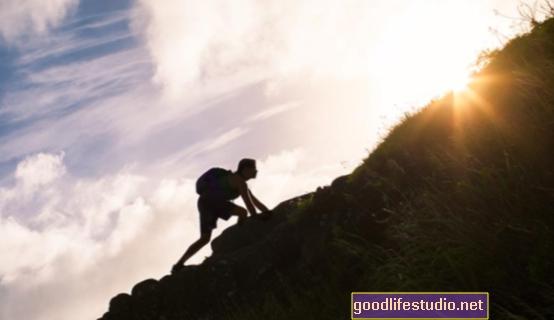 Keperibadian yang berdaya tahan berkaitan dengan Tenaga yang Lebih Tinggi