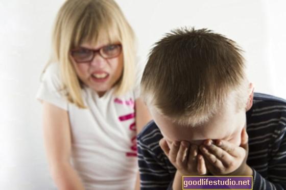 Sourozenecké šikany mohou být častější u větších rodin