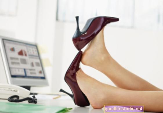 Duduk Boleh Meningkatkan Risiko Kanser pada Wanita