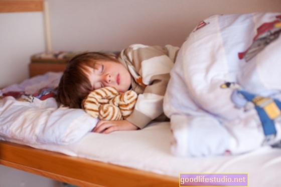 Los cambios del sueño en la mediana edad están relacionados con el deterioro cognitivo