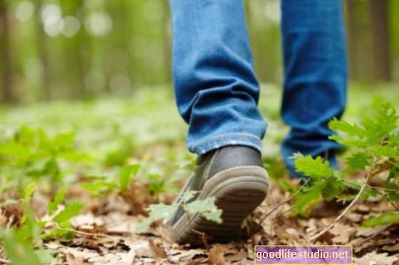 Lēns staigāšanas ātrums un atmiņas sūdzības Agrīnie demences pareģotāji