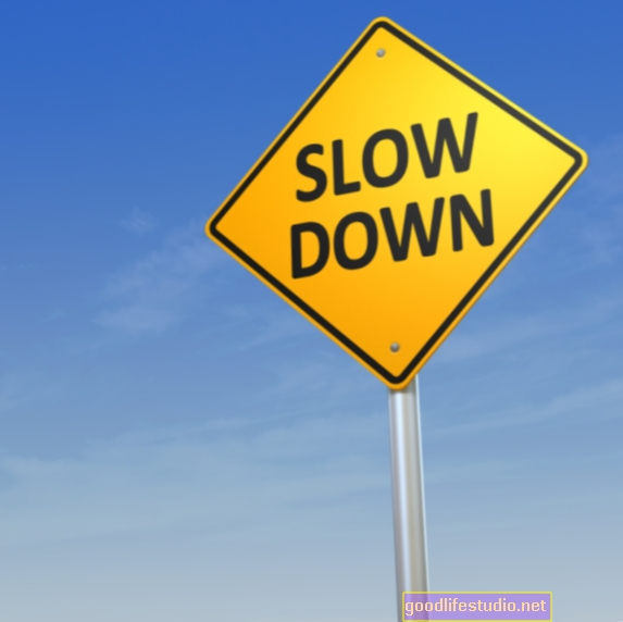 Disminuir la velocidad después de un error no ayuda ni daña
