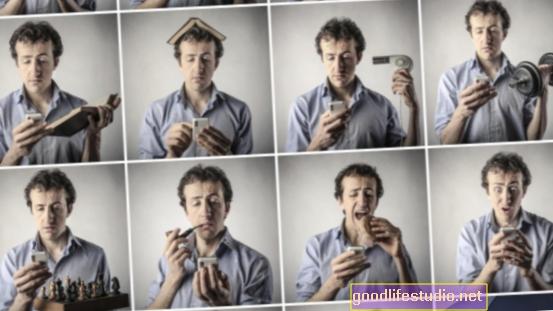 Priklausomybė nuo išmaniojo telefono gali iš tikrųjų atitikti įgimtus socialinius poreikius