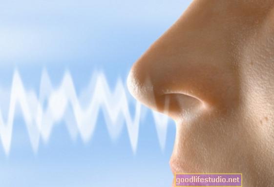La prueba de olfateo puede ayudar a detectar las primeras etapas de la demencia