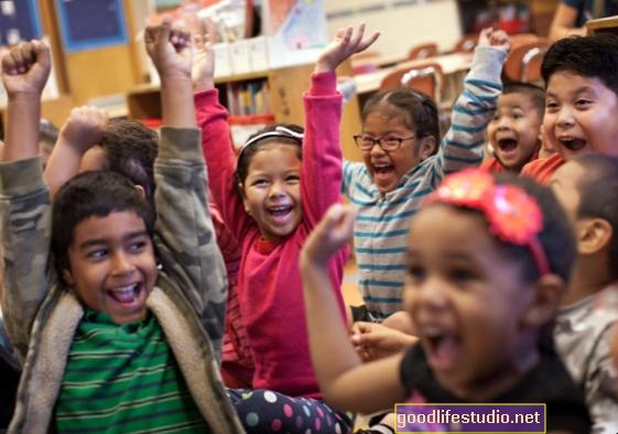 Los programas sociales y emocionales incluso ayudan a los académicos de los niños