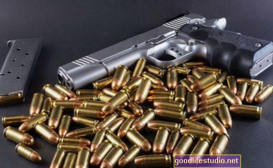 Estudio investiga el acceso a las armas y los riesgos para las personas con enfermedades mentales