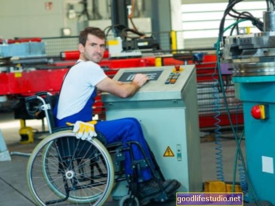 Enquête: Les travailleurs handicapés surmontent les obstacles à l'emploi