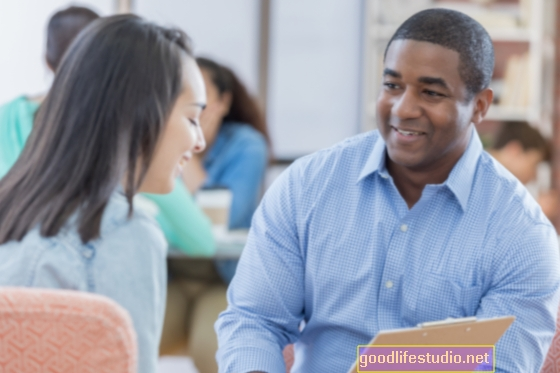 Телефонното консултиране помага на хората с висок риск да отслабнат