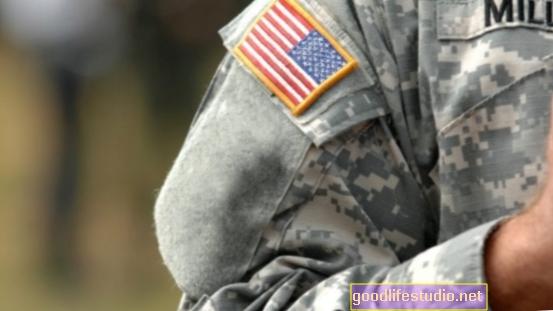 النوم المضطرب أكثر شيوعًا بين قدامى المحاربين المصابين باضطراب ما بعد الصدمة