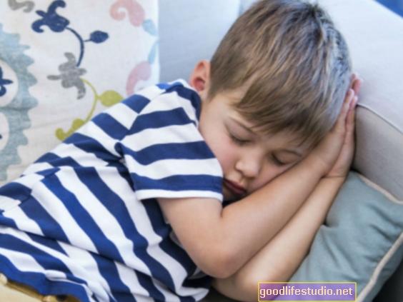 Las siestas para niños pequeños ayudan al control emocional