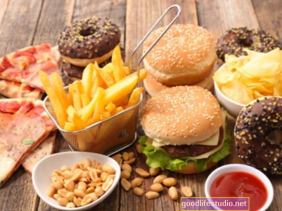 Neveselīgs uzturs, kas saistīts ar sliktu garīgo veselību