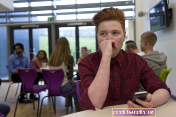 Il bullismo basato sul peso degli adolescenti LGBTQ può essere comune