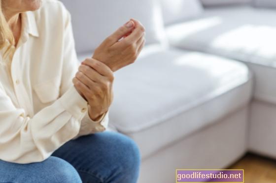 महिलाओं को दिल का दौरा पड़ने के बाद चिंता, अवसाद विकसित करने की अधिक संभावना है