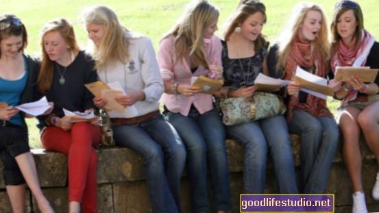 Младите възрастни предпочитат споделен работен и семеен живот