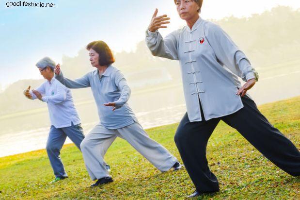 ताई ची: पीठ दर्द का मुकाबला करने के लिए शरीर और मन की शक्ति का दोहन