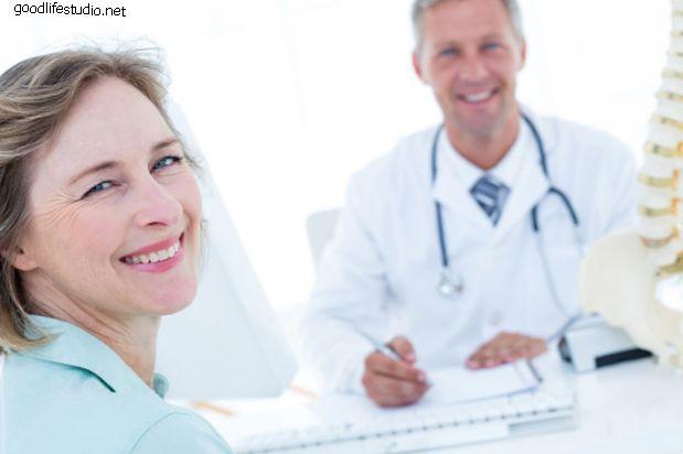 6 тем, которые помогут вам поговорить с хирургом позвоночника