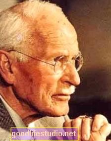 3 điều bạn chưa biết về chứng loạn thần của Carl Jung