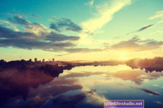 5 meditaciones para navegar por pensamientos negativos y ansiosos