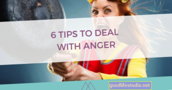 6 patarimai, kaip susidoroti su sunkia šeima atostogų metu