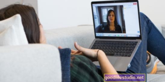 """""""Internetinės terapijos"""" apžvalga"""
