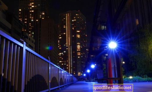 Ánh sáng màu xanh có thể ngăn ngừa tự tử không?