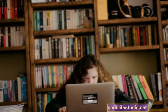 COVID-19 и деца с аутизъм