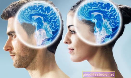 ¿Los cerebros mayores intentan compensar su edad?