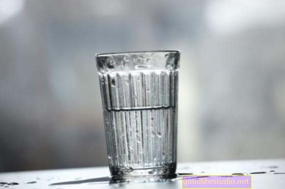 तनाव हो गया? यदि आपका ग्लास हमेशा आधा खाली रहता है - एक छोटा ग्लास प्राप्त करें!