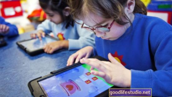 Kako se tehnologija roditelja koristi na djeci?