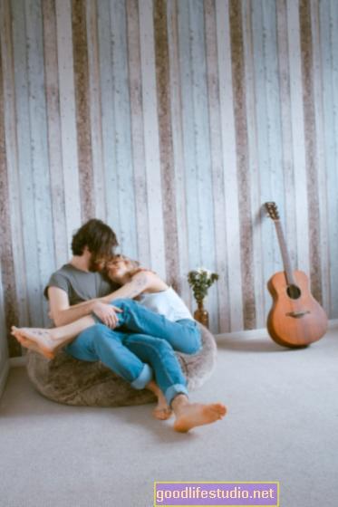 Bagaimana Pemaksaan Pengulangan Boleh Mempengaruhi Perkahwinan Anda
