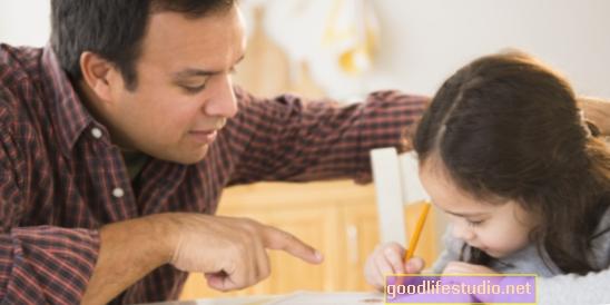 Как да помогнете на детето си да се справи с гнева си - дори когато ви е неудобно от него