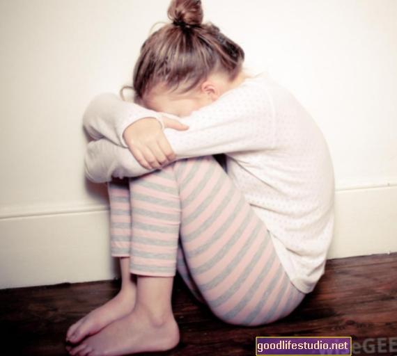 Viduje esanti šizofrenija: vaikystės šizofrenija