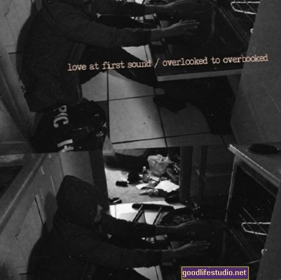 Láska na první zvuk: k audioknihám a manželství