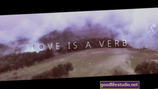 प्यार एक क्रिया है: खुशी पर सबसे लंबे अध्ययन से निष्कर्ष
