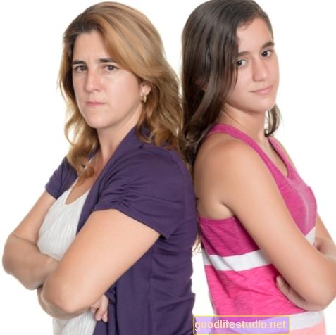 Remaja Manipulatif: Tanda untuk Dikenali dan Apa yang Perlu Dilakukan