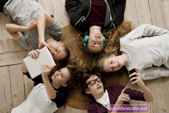 Online importante para los adolescentes, los adultos no entienden