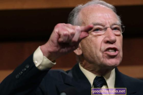El senador Grassley cuestiona más organizaciones sin fines de lucro