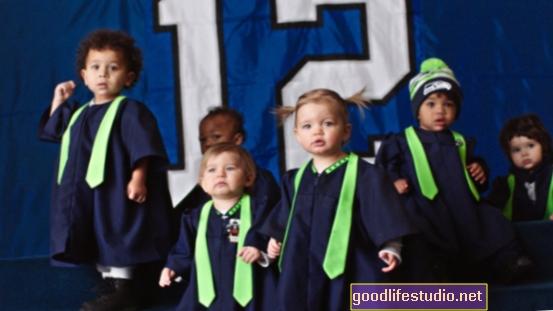 Super Bowl zīdaiņi: 9 mēnešus vēlāk ir vairāk zēnu?