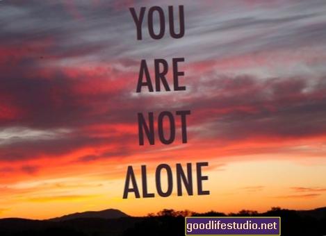 Не сте сами: Някои оцелели от загуба на самоубийство